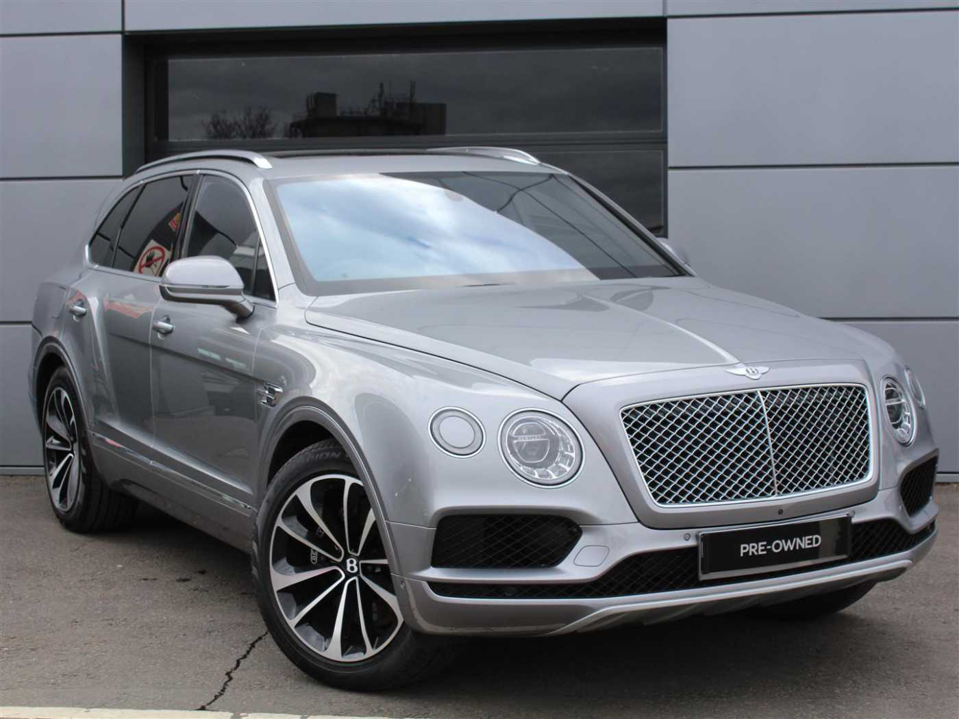 pre sale owned car for hd cool bentley wallpaper